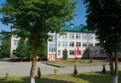 Расонская сярэдняя школа імя П. М. Машэрава. Фотаздымак з сайта http://www.fotobel.by