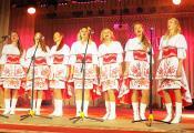 Удзельнікі народнага вакальнага ансамбля «Явар». Фотаздымак з сайта http://www.natal.by