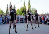 """Гурт эстараднага танца """"Лонж"""". Фотаздымак з сайта http://dknovolukoml.of.by"""