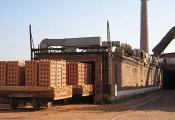 На Обальскім керамічным заводзе. Фота з сайта http://www.znk.by