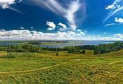 Від на возера Струста з гары Маяк, Браслаўскі раён. Фотаздымак з сайта https://be-tarask.wikipedia.org