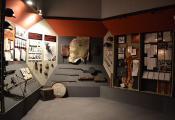 Зала, якая адлюстроўвае падзеі Вялікай Айчыннай вайны. Лёзненскі ваенна-гістарычны музей. Фотаздымак з сайта http://museums.by