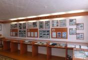 Музейны пакой «Гісторыя і сучаснасць» УА «Пастаўскі дзяржаўны каледж». Фотаздымак з сайта http://gptk.by/myzei.html